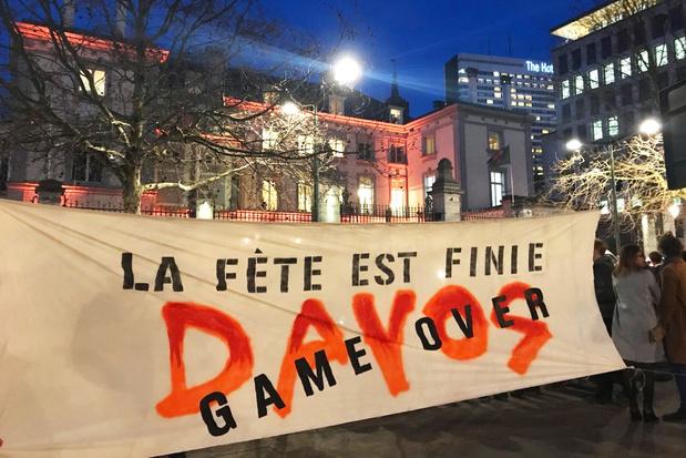 Perturbation de la conférence Back From Davos à Bruxelles: 3 blessés dont 2 policiers