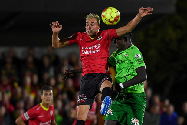 Kristof Verspeeten op weg van Mandel United naar Winkel Sport