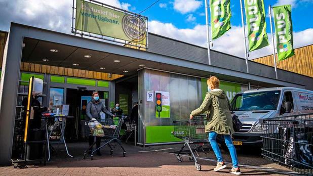 Supermarktketens Plus en Coop fuseren in Nederland