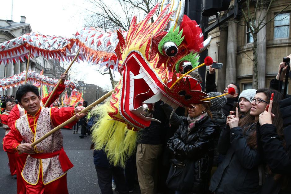 En images: les célébrations du Nouvel An chinois à travers le monde