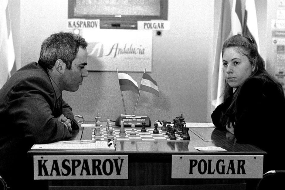 Judit Polgár, de beste schaakster aller tijden: 'Ze eet je met huid en haar op, als een lieflijk monster'