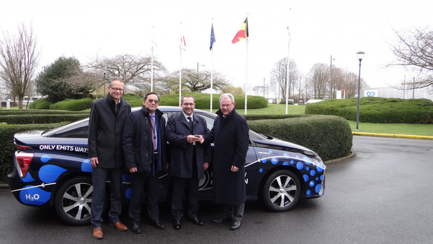 La Toyota Mirai en démo au Parlement européen