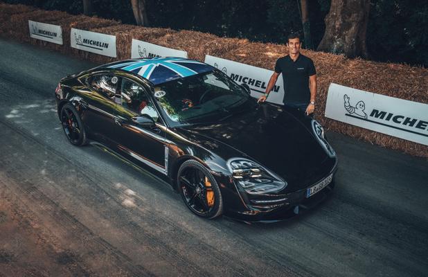 La Porsche Taycan en première européenne à Goodwood