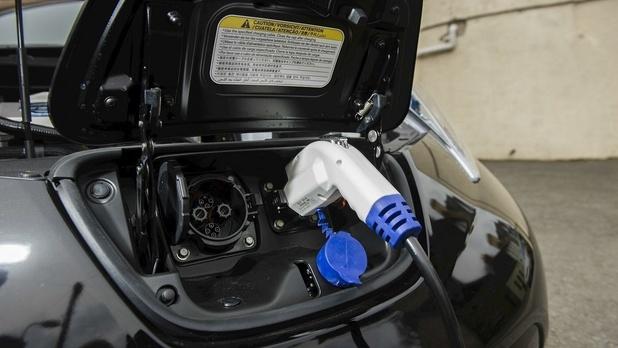 En quoi doit consister l'entretien d'une voiture électrique ?