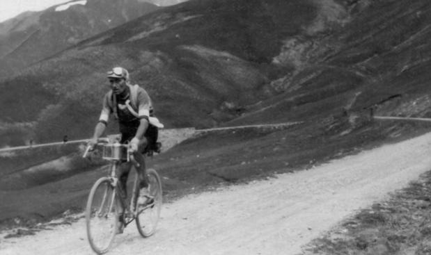 Le vainqueur du Tour qui a mené sa femme au suicide, avant d'être lui-même assassiné