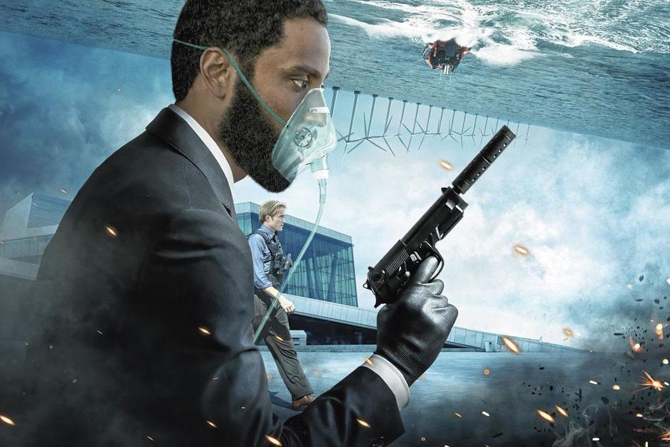 Christopher Nolan trekt wél naar de cinemazaal: 'Al zolang ik in dit vak zit, zwem ik tegen de stroom in'