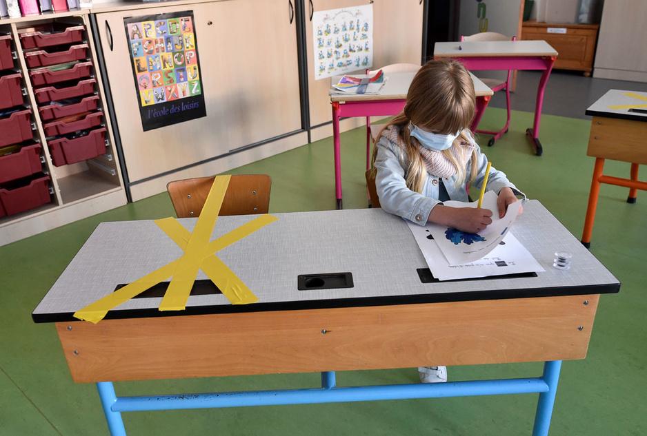 En images: des écoles belges testent le retour des élèves en classe le 18 mai