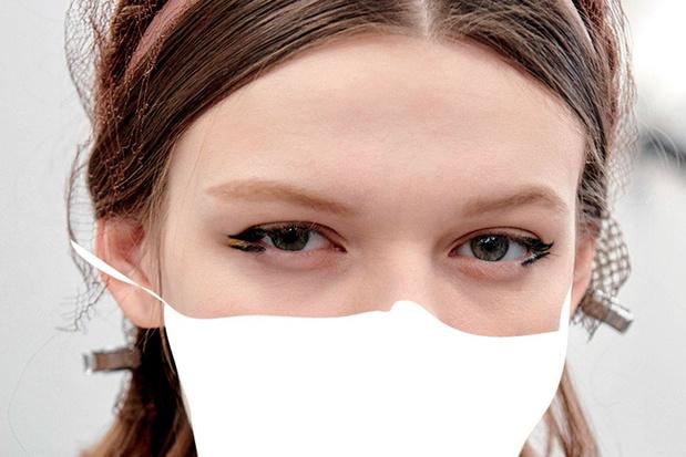 Mondmasker en make-up: enkele tips voor een smetteloze blik