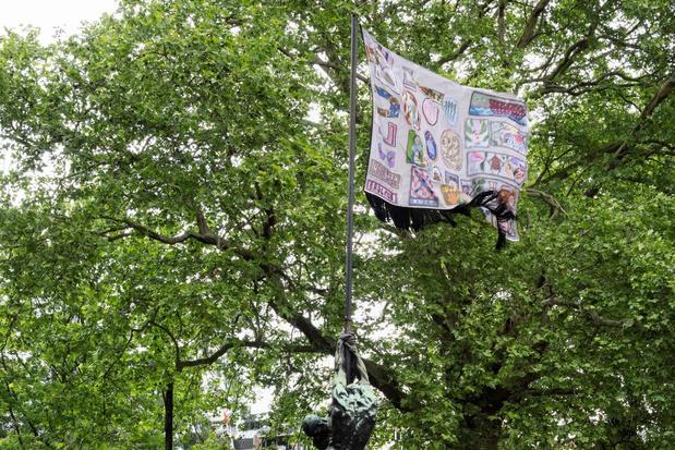 Knutseltip van een kunstenaar: maak je eigen vlag