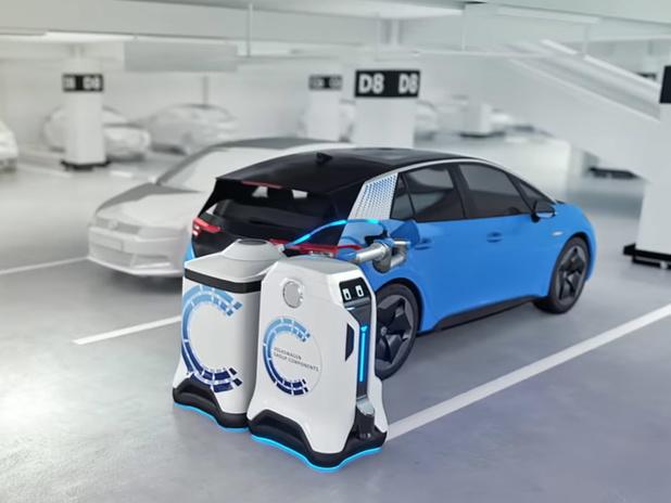 Des robots destinés à remplacer les bornes de recharge dans les parkings