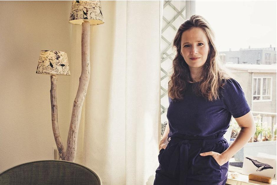 Evanne Nowak, begeleider van mensen met klimaatpijn: 'We mogen mild zijn tegenover onszelf'