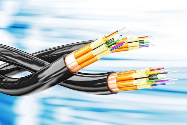 COVID-19: pourquoi le secteur numérique ne fait-il pas partie des 'infrastructures critiques' essentielles?