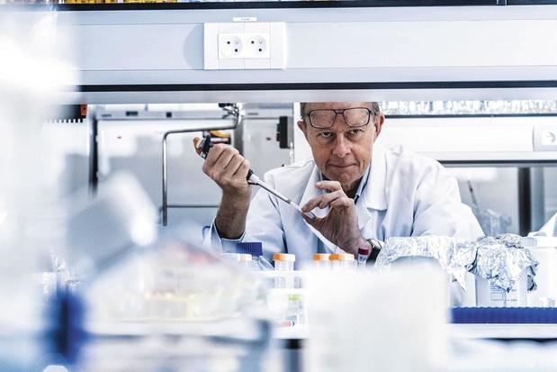 Professor Xavier Saelens (UGent): 'Er zullen altijd mensen zwak reageren op het covid-19-vaccin'
