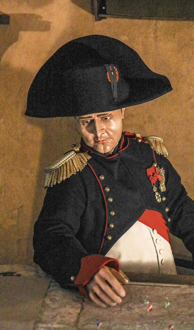 Napoléon entre en gare