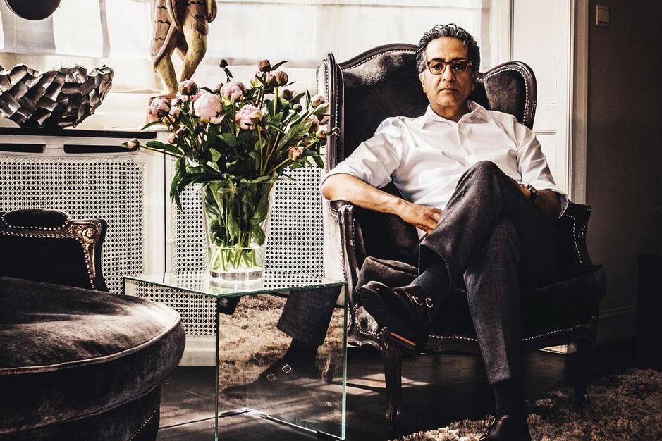 Nasser Nadjmi, chirurg en filantroop: 'Je moet hard werken om gelukkig te zijn'