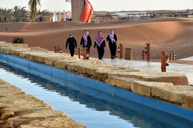 Ressentiment autour d'une oasis de luxe pour Saoudiens fortunés, privés de voyage à l'étranger