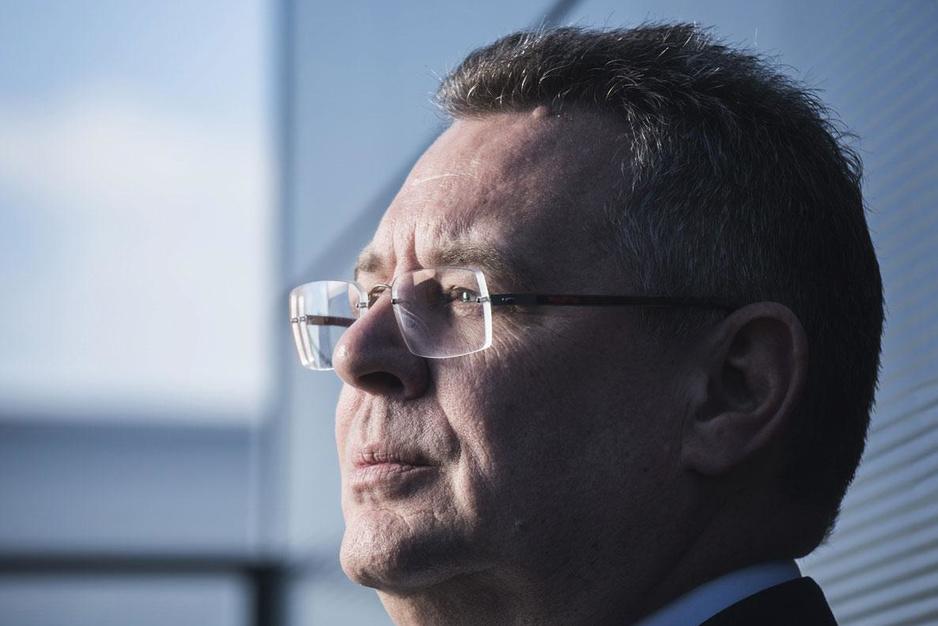 Kris Cloots (CEO schoonmaakbedrijf ISS Belux): 'We houden het hoofd boven water'