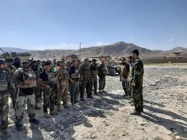 Meer dan 1.000 Afghaanse soldaten vluchten voor taliban naar Tadzjikistan