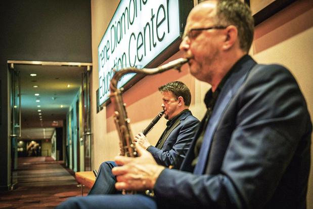 Brussels Jazz Orchestra goes hiphop: 'Even niet braaf zijn, jongens'