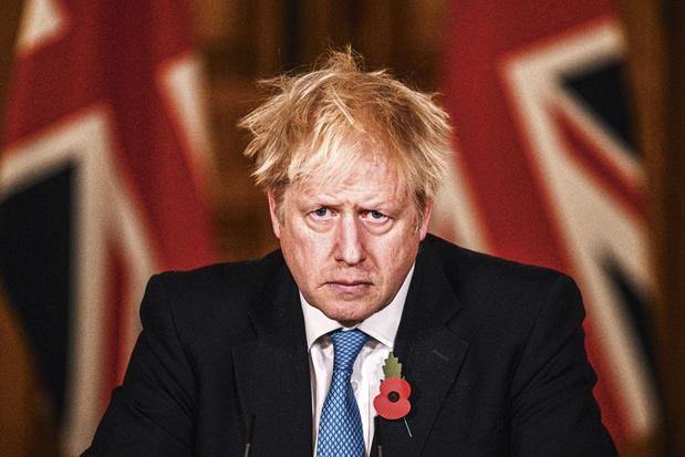 Tom Bower, biograaf van Boris Johnson: 'Hij is een einzelgänger. Dat maakt hem kwetsbaar'
