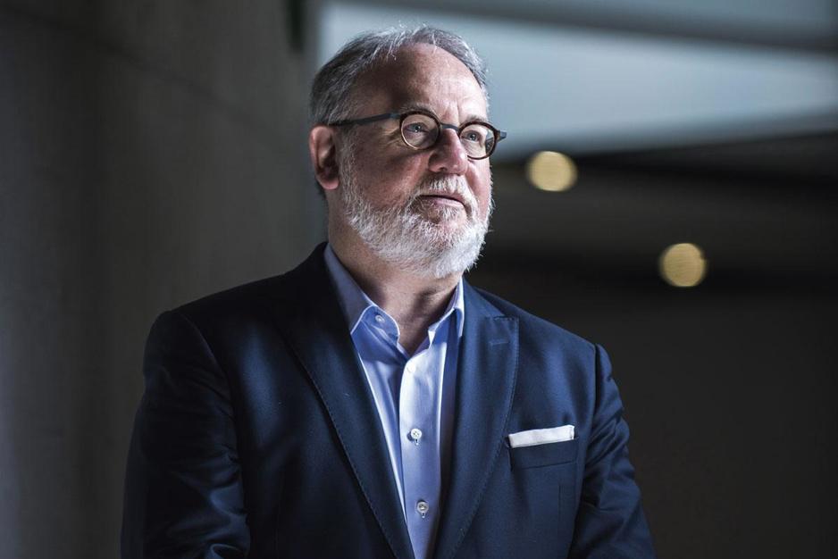 Professor Walter Van Dyck: 'Met transparante prijzen krijg je nog geen goedkope medicijnen'