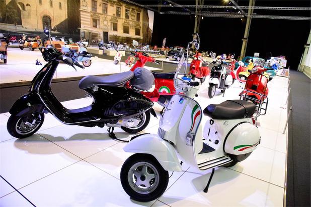 Autoworld viert 75ste verjaardag van de Vespa