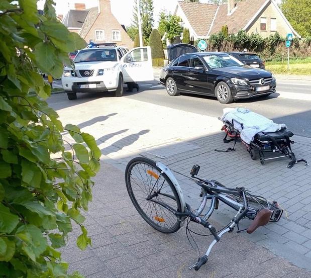 Fietser zwaargewond na ongeval in Beernem