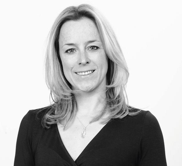 Staatssecretaris voor begroting en consumentenbescherming Eva De Bleeker (Open Vld) vreest in De Zondag dat de crisismaatregelen blijven plakken en het begrotingstekort daardoor niet naar beneden kan.