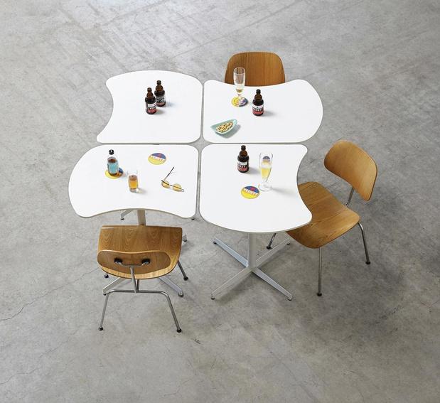 Une table à partager (ou non)