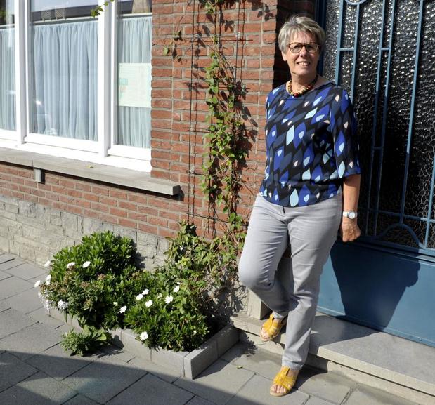 Schepen Nadine Verheye neemt afscheid in Ingelmunster met reglement geveltuintjes