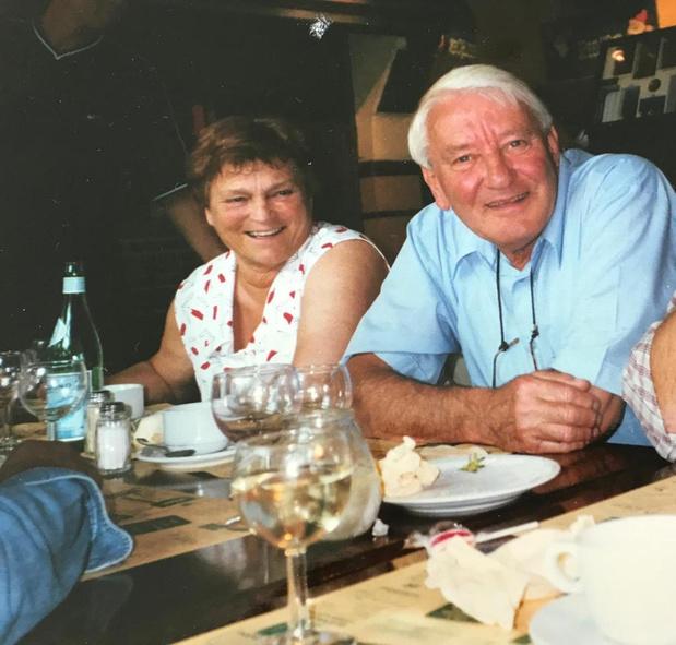 Annie (82) moet veel te vroeg afscheid nemen van echtgenoot Roland na dodelijk ongeval