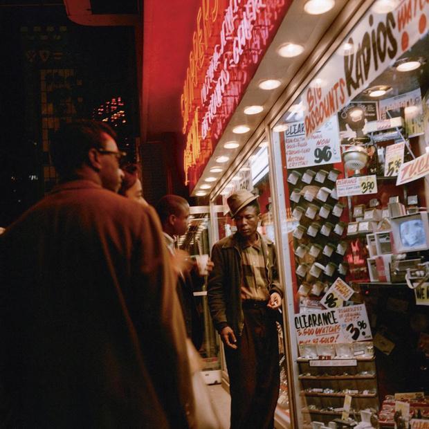 Street photography: à tout moment la rue (en images)