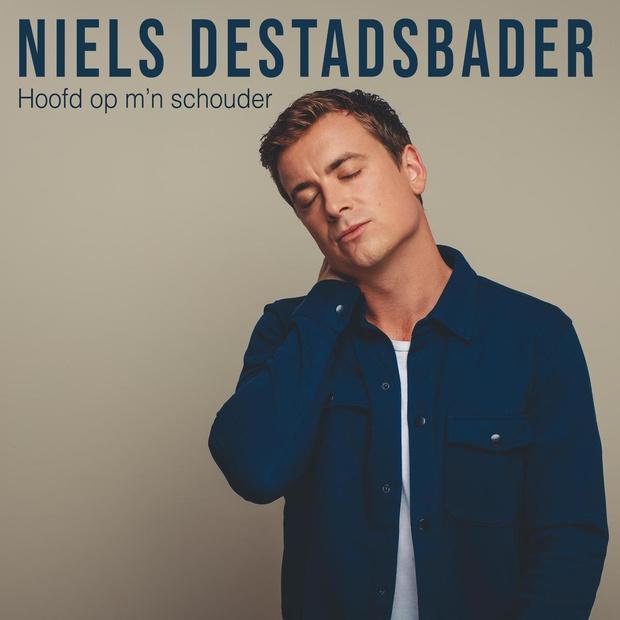 Niels Destadsbader lanceert nieuwe single 'Hoofd op m'n schouder'