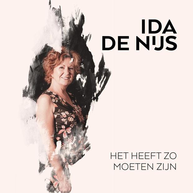 Ida de Nijs zingt 'Het heeft zo moeten zijn', met dank aan Sabien Tiels