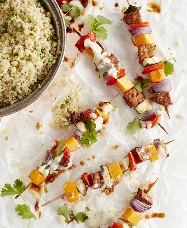 Groentebrochettes met Mexicaanse quinoa