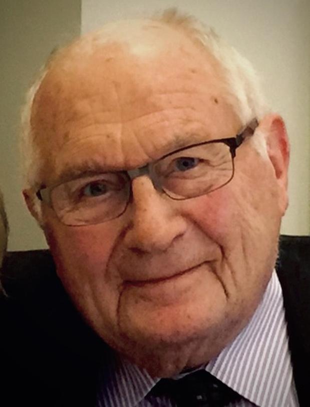 Stichter Vanomobil Roger Vanhoo overleden