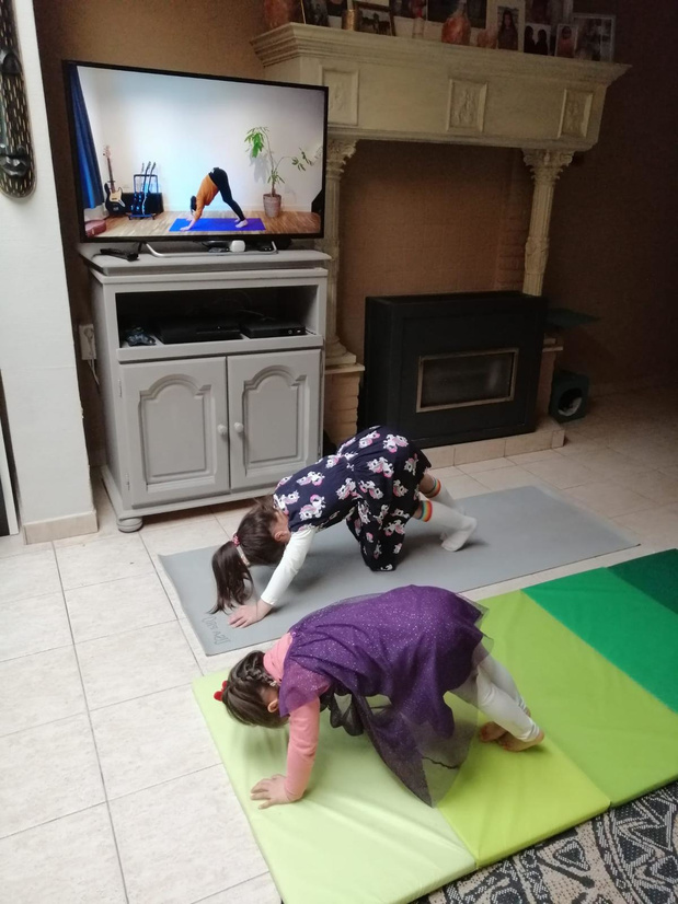 Gratis online yoga voor kinderen via Summa Coaching in Marke