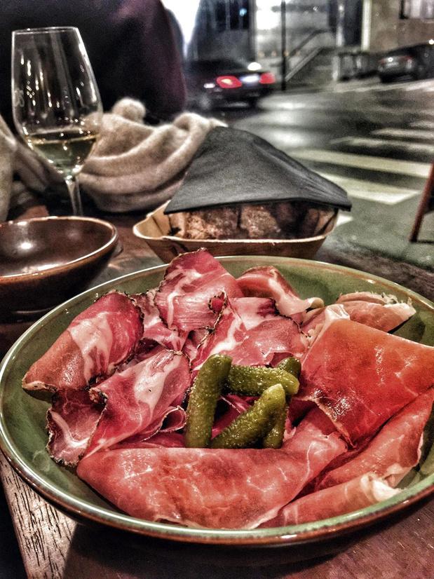 Le restaurant de la semaine: Calmos à Saint-Gilles, bar à vins plutôt tout bon