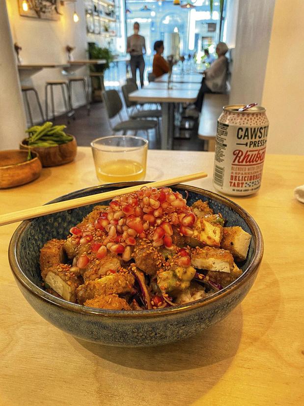 ZONE+ WEEKEND Le restaurant de la semaine: Komo Bowl, déjeuner aloha