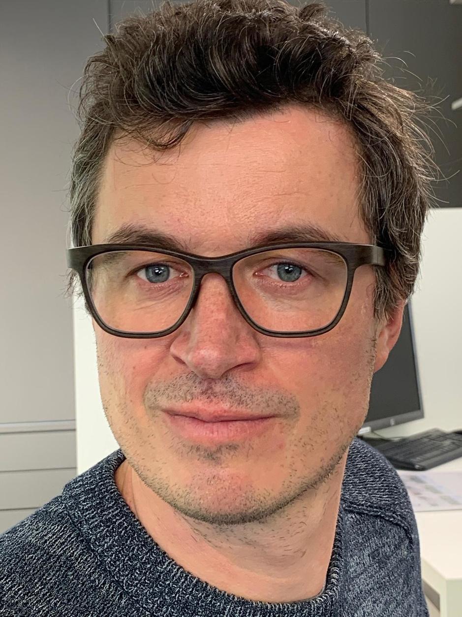 """Mattias Desmet, prof klinische psychologie, over corona: """"Laat angst niet overheersen"""""""