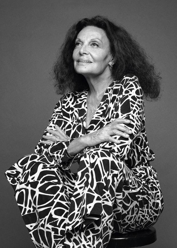 Comment la créatrice belgo-américaine Diane von Furstenberg surmonte la crise