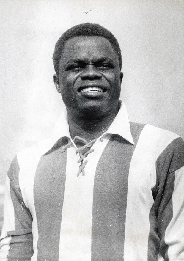 Léon Mokuna was een circusattractie