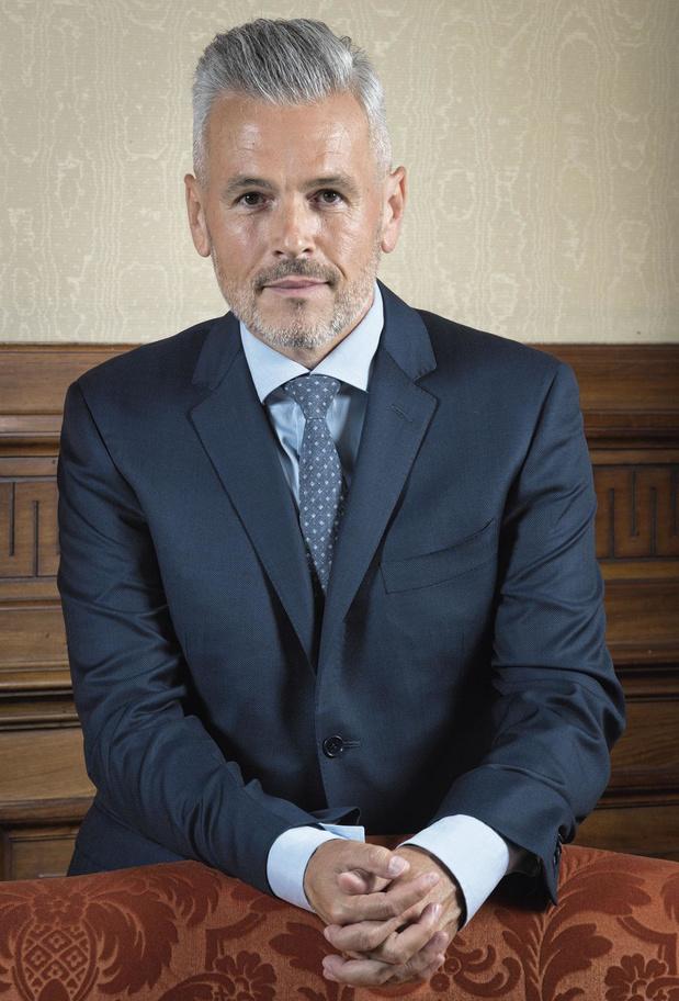 """Christophe Lacroix (PS): """"Une économie de proximité a besoin de banques de proximité"""""""