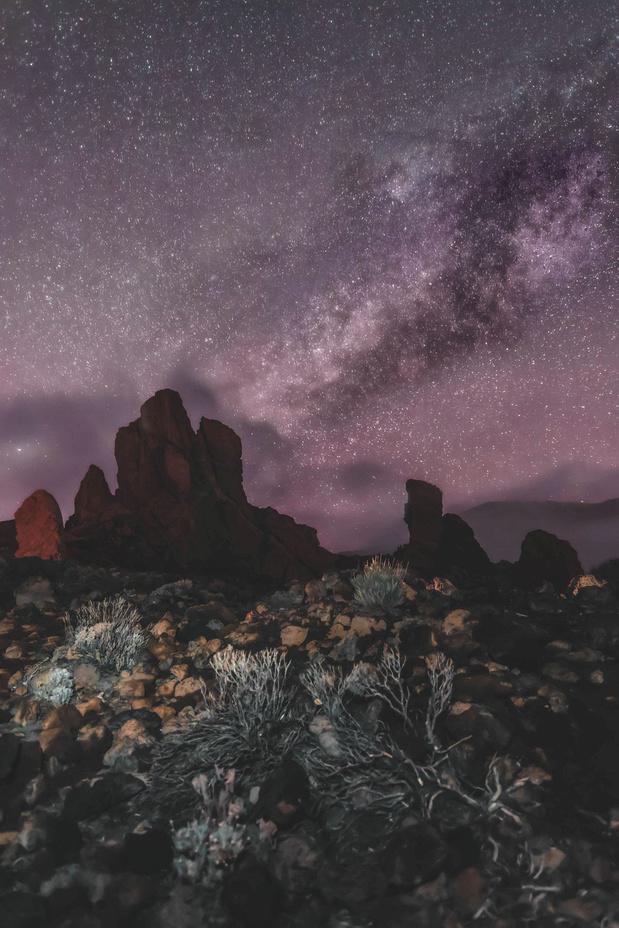 À Tenerife, observer les étoiles dans l'obscurité totale