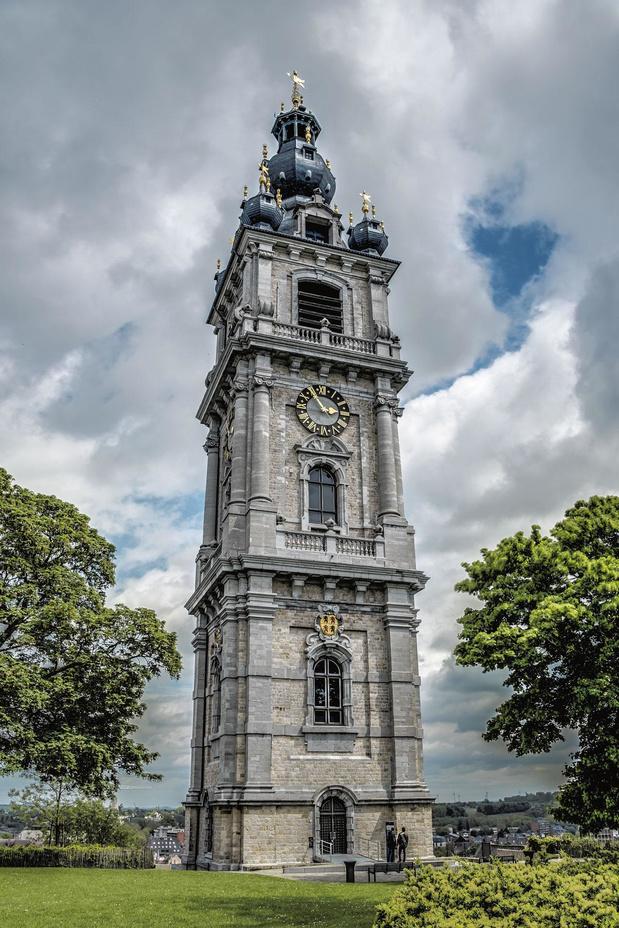 Le beffroi de Mons, 87 mètres, 49 cloches
