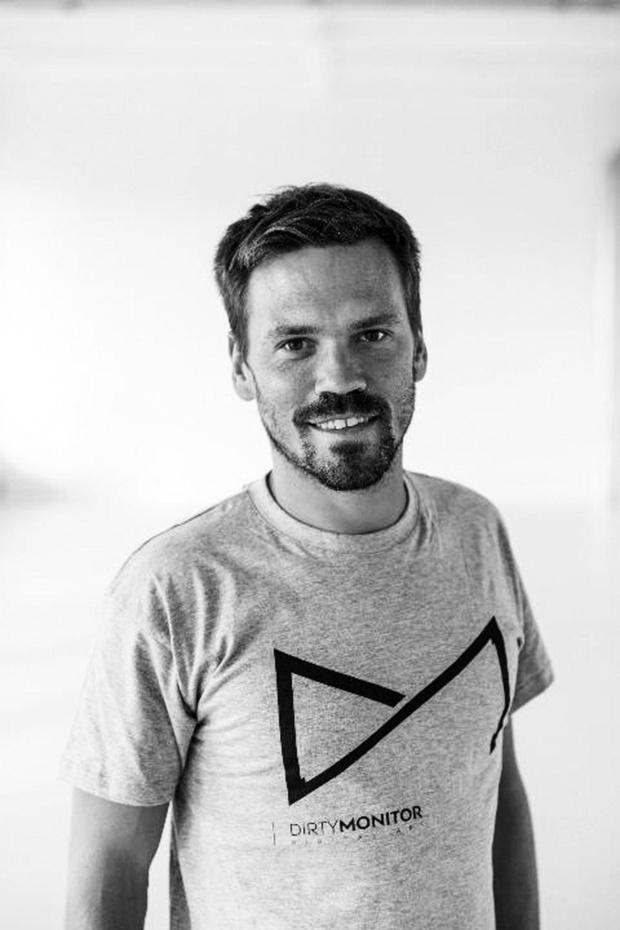 """Antoine Menalda (Dirty Monitor): Proposer du divertissement """"at home"""""""