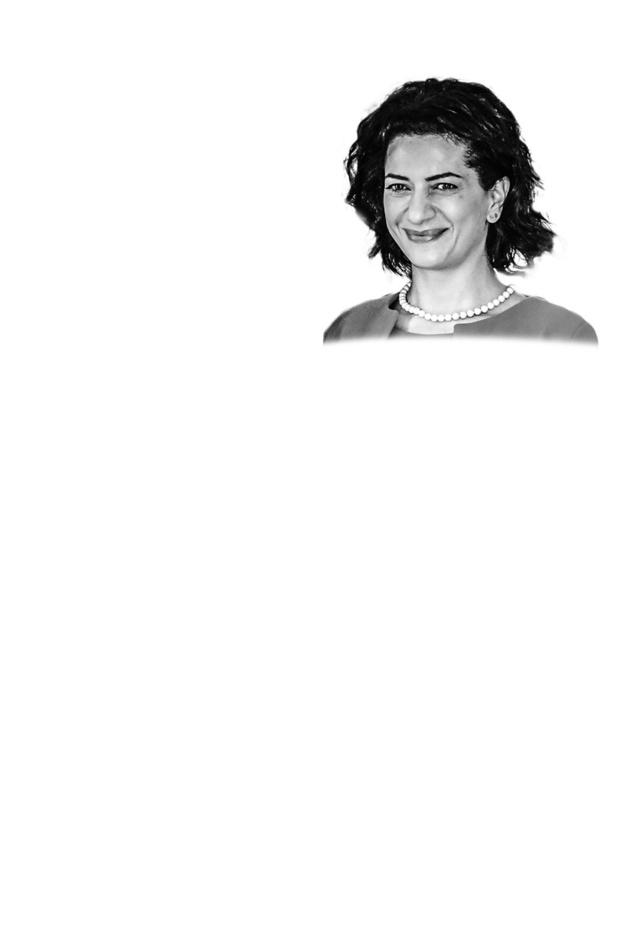 Anna Hakobyan - Vliegt naar het front