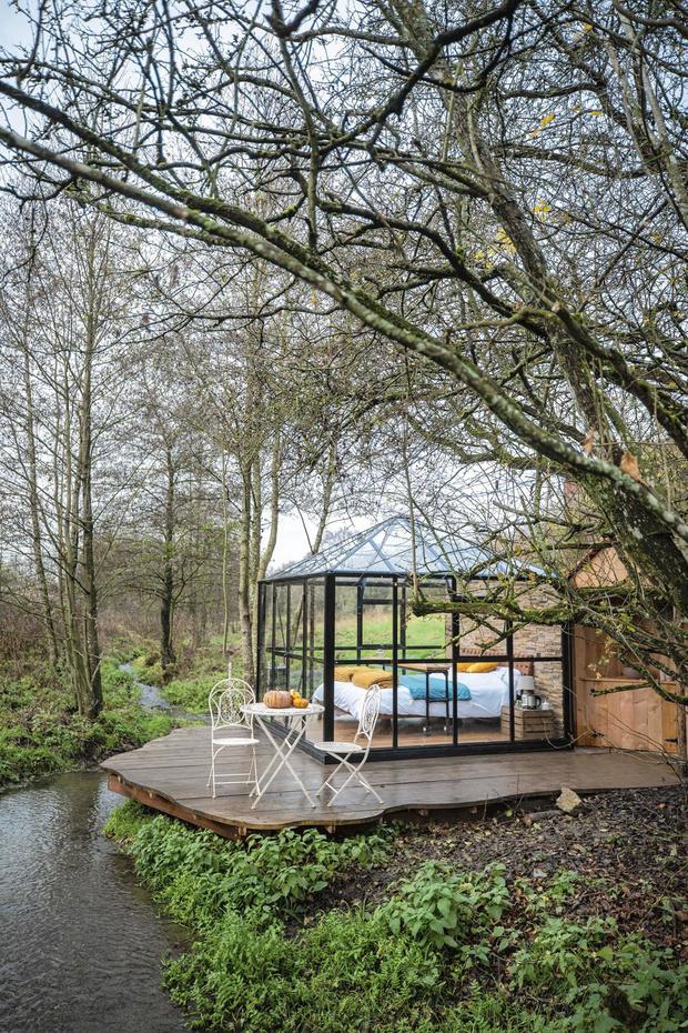 Vivez une expérience insolite dans une cabane au fond des bois