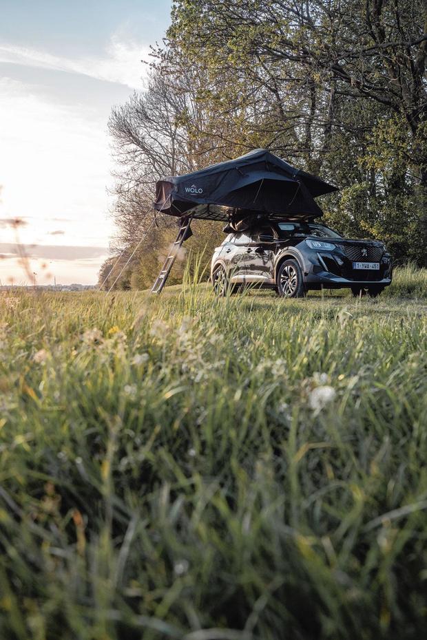 Wolo, l'initiative liégeoise qui met des tentes sur les toits de voiture