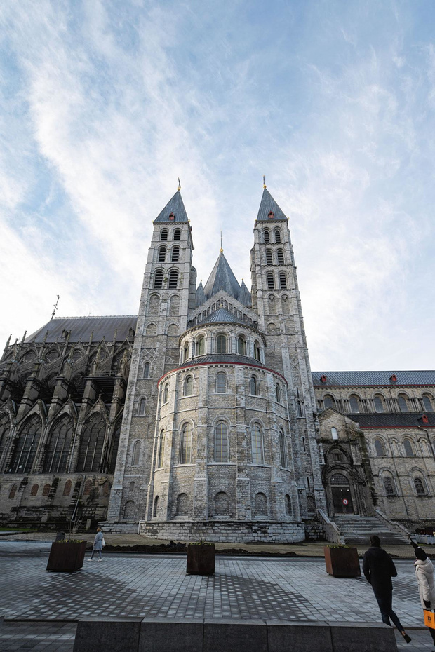 Doornik, meer dan de kathedraal